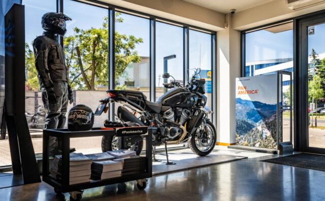Display_POS_dla_marki_Pan_America_Harley-Davidson